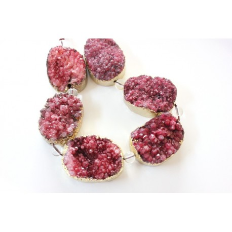 Red Druzy Quartz beads, oval, gold plated