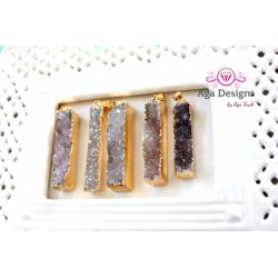 Druzy gold frame pendant, long Bar, Style number 1